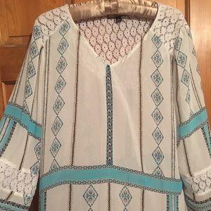 Quarter sleeve, light blue pattern-NEVER BEEN WORN